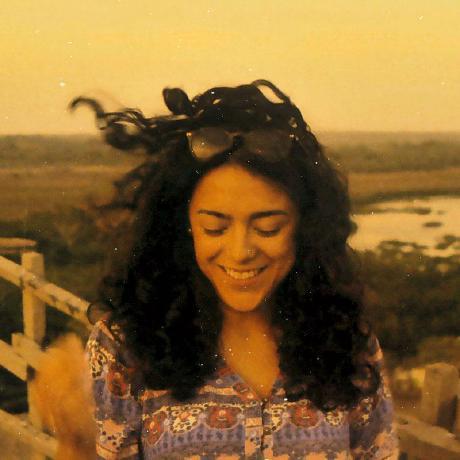 Adriana Cabrera's avatar