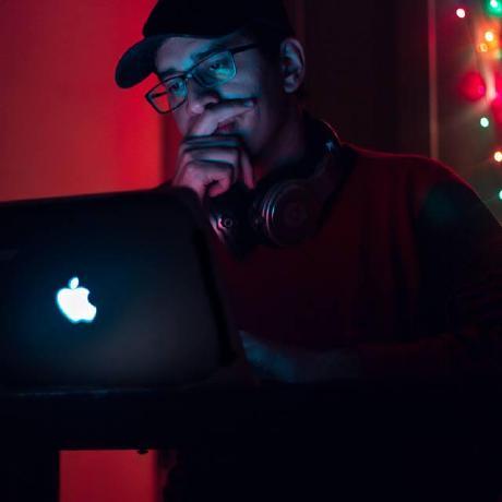 Abhishek Kashyap's avatar